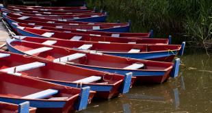 blueredboats